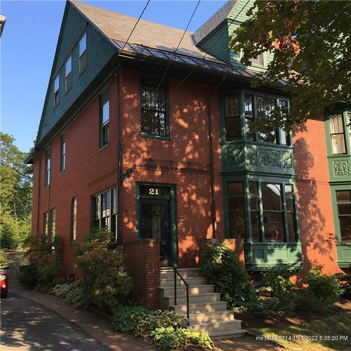 21 Thomas ST, Portland, Maine 04102