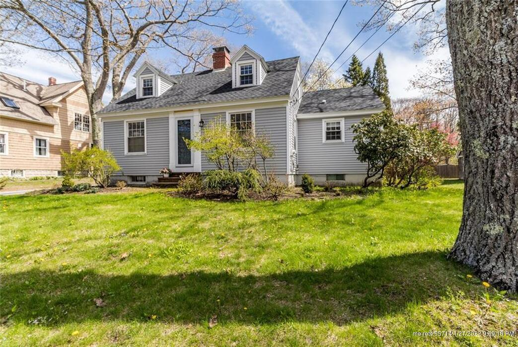 152 Ocean House Road Cape Elizabeth Me 04107 Is For Sale