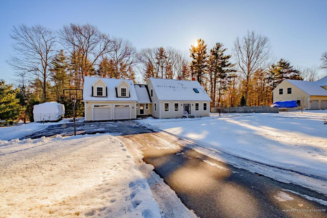 7 Beverly Lane Lane, Gorham, Maine 04038