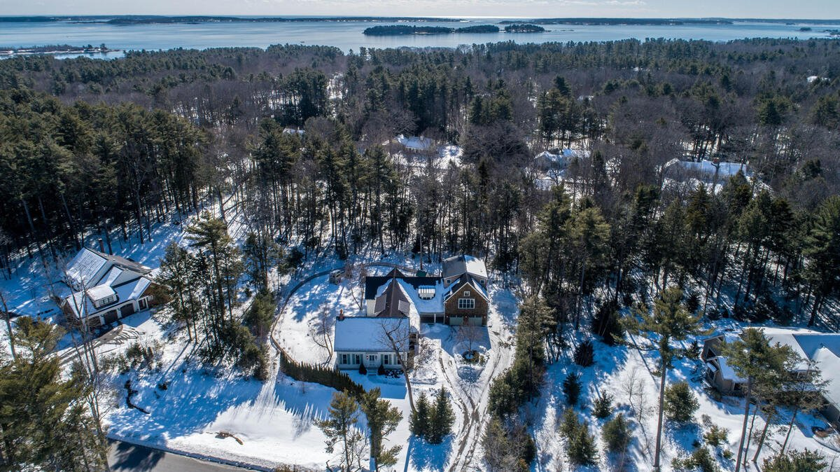 36 Maeves Way, Cumberland, Maine 04110