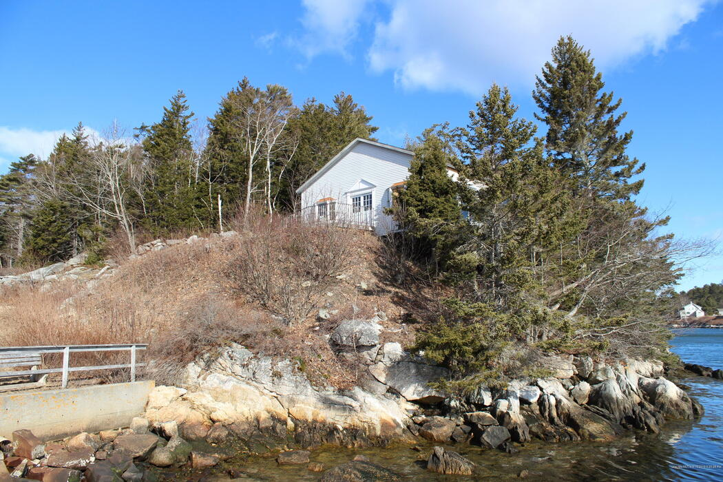 112 Cape Newagen Road Southport, Maine