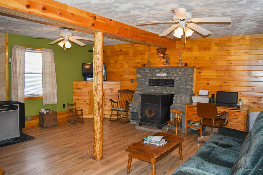 117 West Road, Abbot, Maine 04406