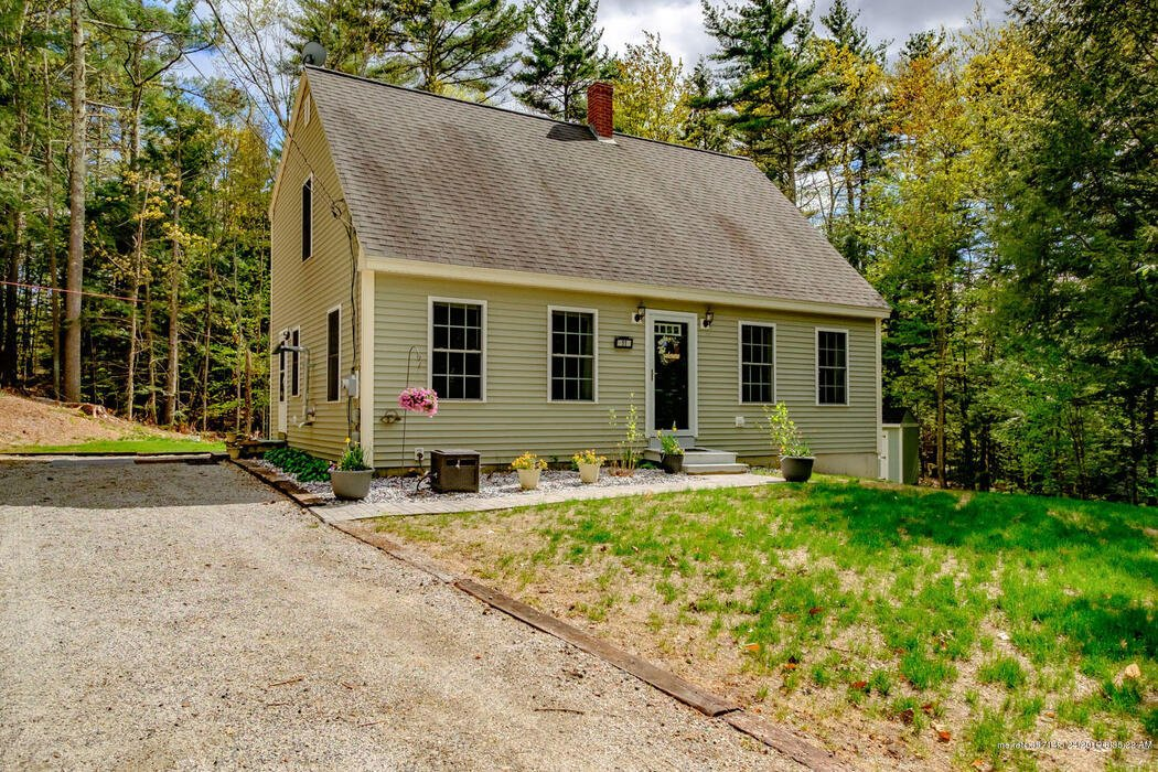 11 Beaver Dam Road, Waterboro, Maine 04061