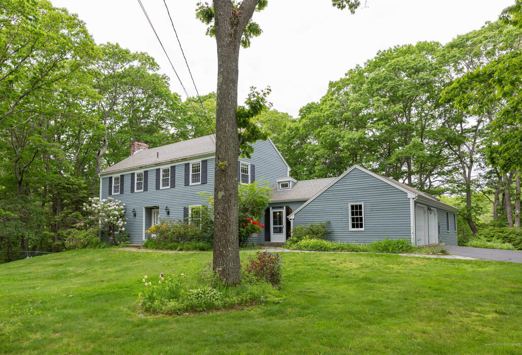 17 Spoondrift Lane, Cape Elizabeth, Maine 04107