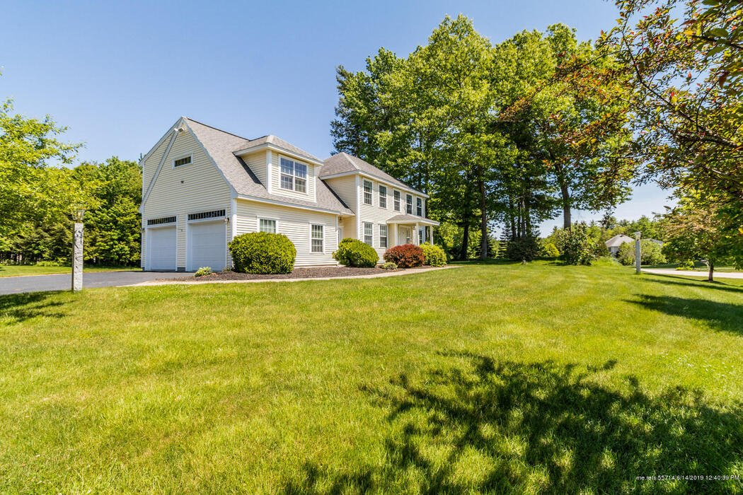 2 Silver Brook Circle, Scarborough, Maine 04074