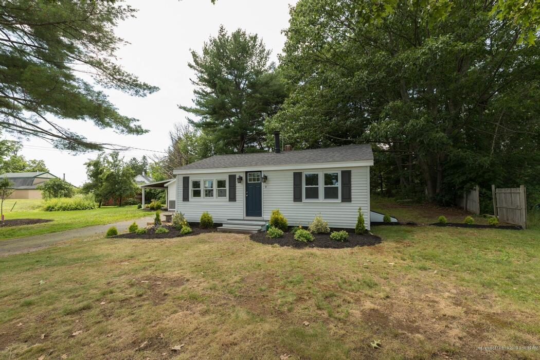 9 Cedar Road, Eliot, Maine 03903