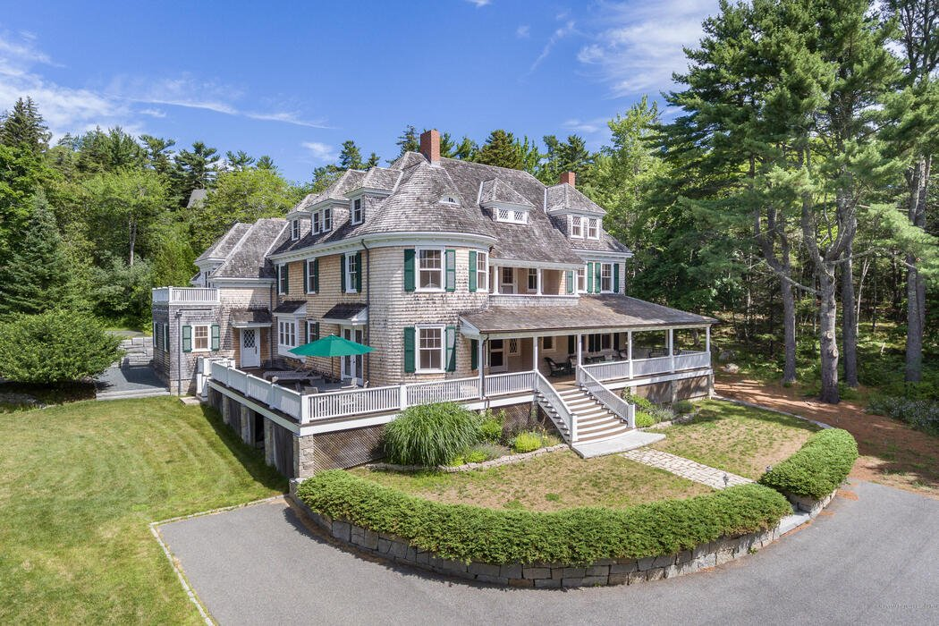 28 Harborside Road, Mount Desert, Maine 04660