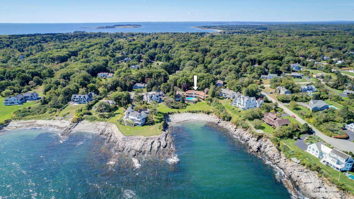 14 Running Tide Road, Cape Elizabeth, Maine 04107